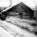 Building where Mennonites preached and began a church on Crider Mountain, northwest Rockingham County, Va., early 20th century (VMC Archives)